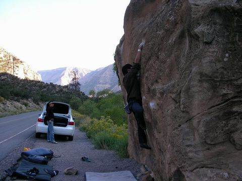The RoadSide Bouldering!